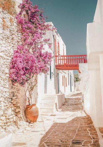 sifnos-narrow-streets